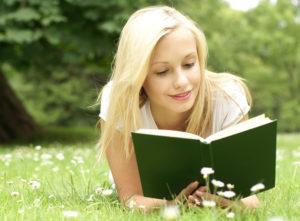 Чтение книги на англиском