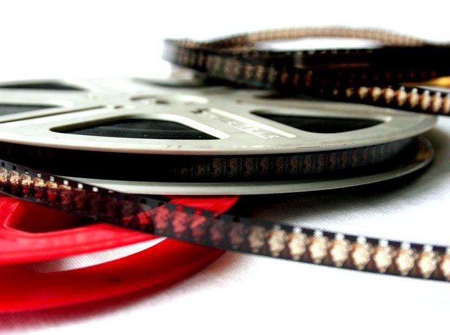 Где в Интернете смотреть фильмы на английском языке